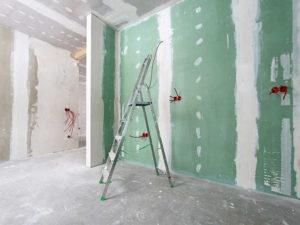 отделка стен гипроком
