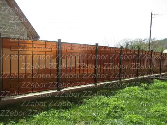 Романовка, Забор из поликарбоната с элементами ковки, под ключ 49850 рублей